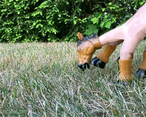 handihorse horse finger puppet archie mcphee