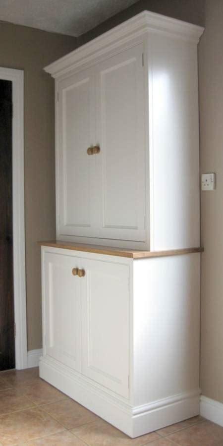 free standing kitchen cabinets uk 24 beautiful and functional free standing kitchen larder 6714