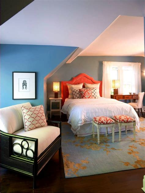 Cape Style Home Decorated Classic Color And Pattern by 23 Decorated Attic Home Designs Decorating Ideas