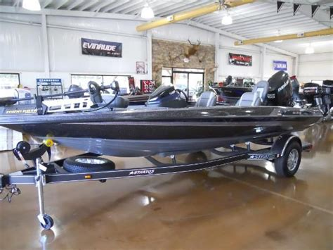 Used Stratos Boats For Sale In Nc by Stratos New And Used Boats For Sale In Nc