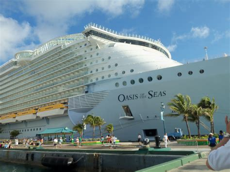 Oasis Of The Seas The World's Largest And Most Exciting