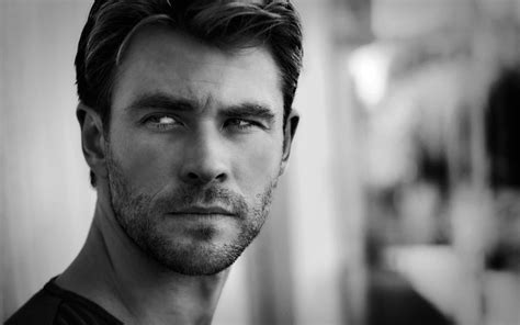 chris hemsworth wallpapers high quality resolution