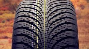 Pneu 4 Saisons Goodyear : rouleau lavage voiture cheap un employ de station service emport par un rouleau de lavage with ~ Medecine-chirurgie-esthetiques.com Avis de Voitures