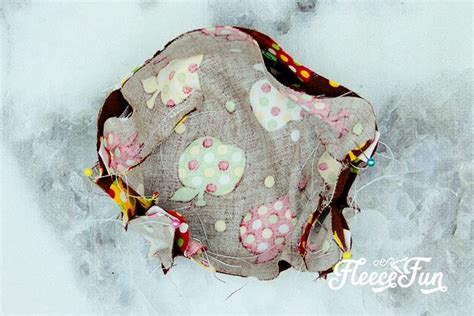fitted face mask diy sizes child  adult  pattern