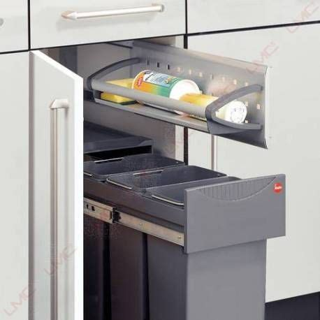 poubelle cuisine porte placard les 25 meilleures idées de la catégorie poubelle sous