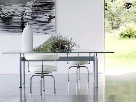 Esszimmertisch Le by Le Corbusier Lc6 Esszimmertisch Kaufen Bei