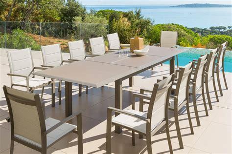 table extensible en verre taupe noisette hesp 233 ride 12 places