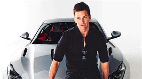 Tom Brady Signs Endorsement Deal For 0k Aston Martin