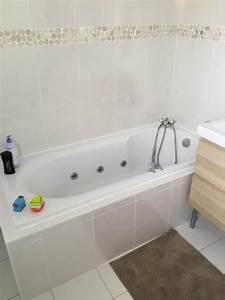 Frise Carrelage Sol : carrelage salle de bain frise ~ Melissatoandfro.com Idées de Décoration