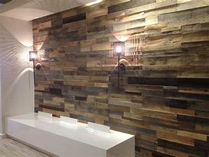 Wood Pallet Wall Gallery - Pallet Furniture Online