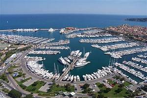 Antibes luxury yacht rent in French Riviera charterby