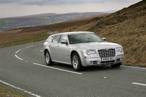 Chrysler 300c Touring Review (2006