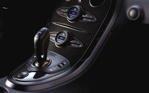 Bugatti veyron 16.4 super sport specs became better as follows: PHOTO PORTER: Bugatti Veyron 16.4 Super Sport Interior Pictures