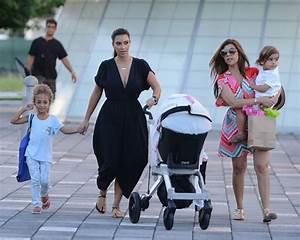 Kim Kardashian baby: Kim Kardashian gives birth to baby girl