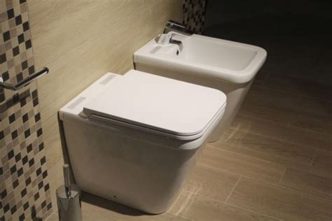 How To Use A Bidet Toilet (the Best Way