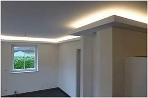Schallschutz Decke Abhängen : trockenbau decke abh ngen indirekte beleuchtung hauptdesign ~ Frokenaadalensverden.com Haus und Dekorationen