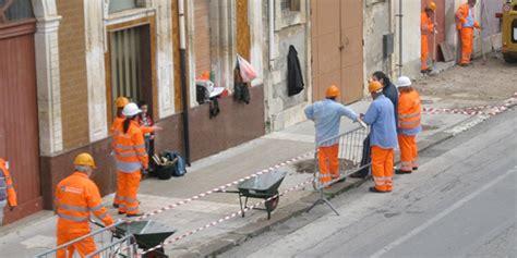 Ufficio Di Collocamento Città Di - cantieri lavoro le domande anche all ufficio di