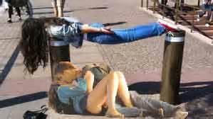 Vancouver Riot Kiss Meme - vancouver riot kiss becomes internet meme features abc technology and games australian