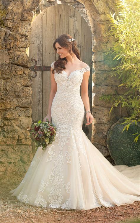 Mermaid Wedding Dress With Rich Beadwork Essense Of