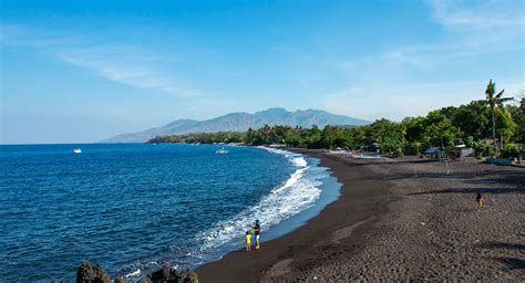 tulamben beach bali wreck dive spots