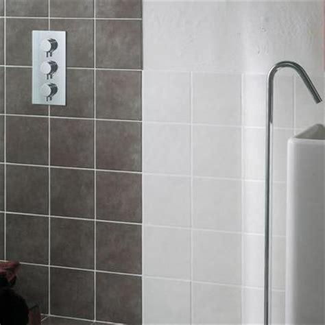 piastrelle 10x10 bagno minimal piastrelle in ceramica per ambienti bagno ragno