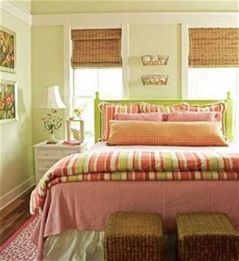 sofa verde abacate as cores na decora 231 227 o portal dcore
