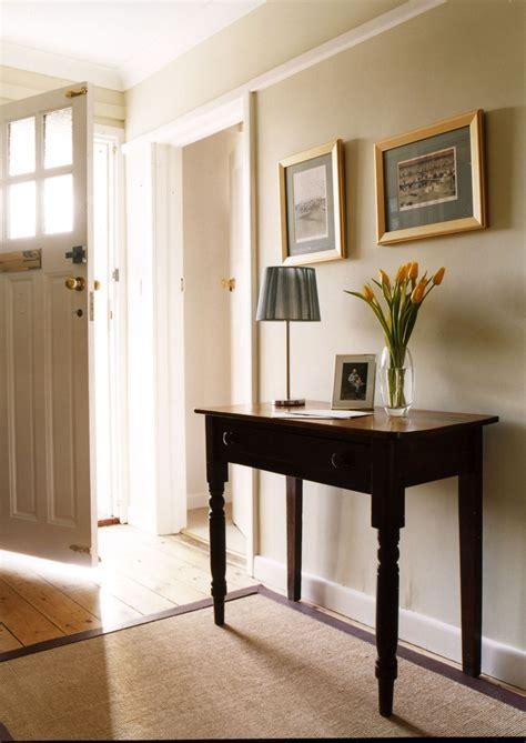 brilliant small entry table ideas