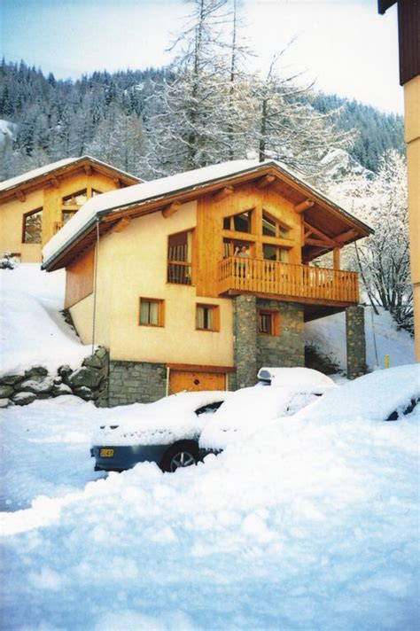 superb self catered ski chalet in tignes les brevieres 50m from lift tignes les brevieres les