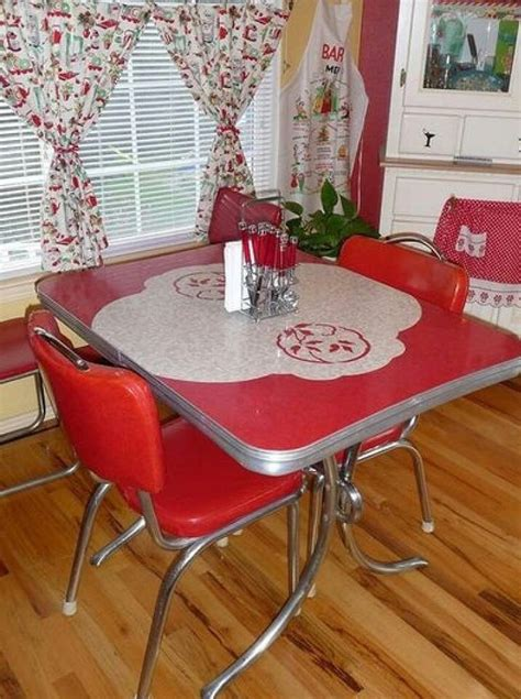 old fashioned kitchen table and chairs 154 best vintage dinettes images on pinterest vintage