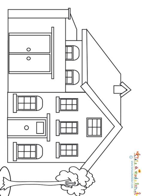 maison en a colorier maison de ville cour int 233 rieure coloriage sur t 234 te 224 modeler