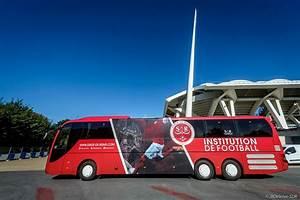 Transit Auto Reims : le stade de reims d voile son nouveau bus officiel estim entre 300 000 et 350 000 euros ~ Medecine-chirurgie-esthetiques.com Avis de Voitures