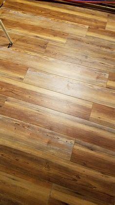 smartcore blue ridge pine vinyl flooring sold  lowes