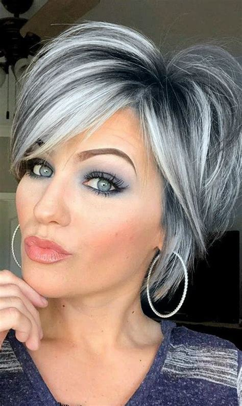 Timeless Short Layered Haircuts that Gorgeous for Older