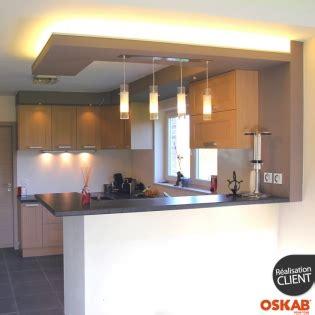id馥 de cuisine ouverte cuisine americaine avec bar en bois verni ouverte sur séjour oskab