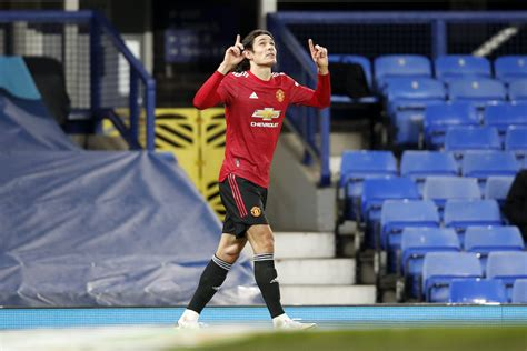 Man United make Carabao Cup semi-finals after 2-0 win over ...