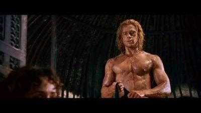 latest hollywood hottest wallpapers brad pitt troy body