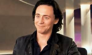 tom-hiddleston's-smile   Tumblr