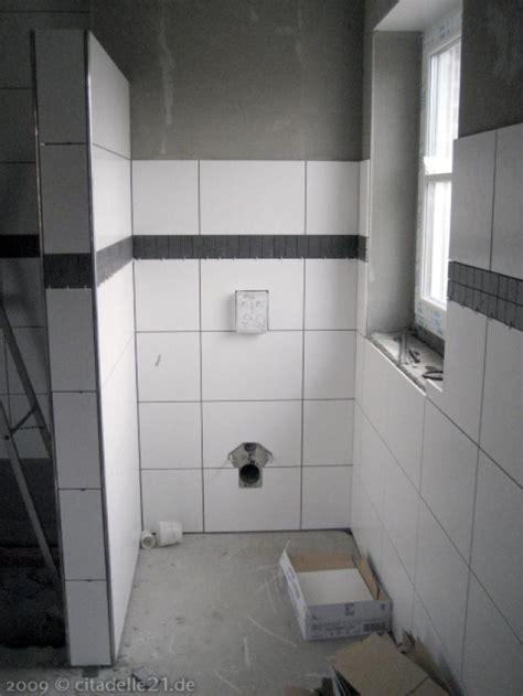 Badezimmer Fliesen Mit Bordüre by Schwarze Bord 252 Ren Im Badezimmer Citadelle21 De Coesfeld