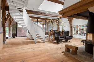 Old Farmhouse Gets A Fresh Contemporary Look With Reclaimed Engineered Wood Flooring