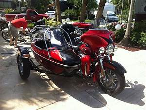 Harley Davidson Full Dresser   Side Cart