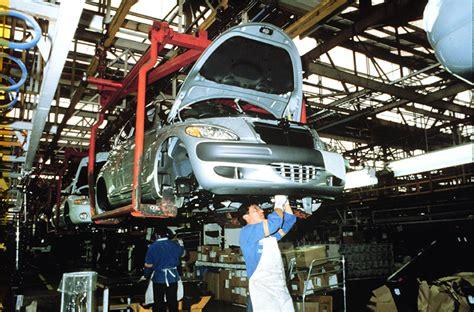daimlerchryslers toluca assembly plant marks  millionth