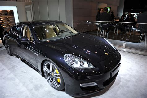 2018 Porsche Panamera Turbo S Related Infomation