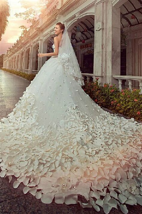 gorgeous sweetheart crystal wedding dress cathedral train