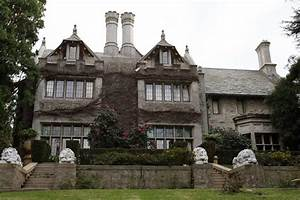 Sold! New Playboy Mansion Owner Closes Deal For $100M ...