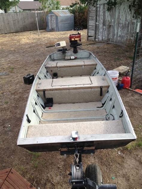 12 Foot Jon Boat Price by 12 Foot Tracker Flat Bottom Jon Boat Reduced Price