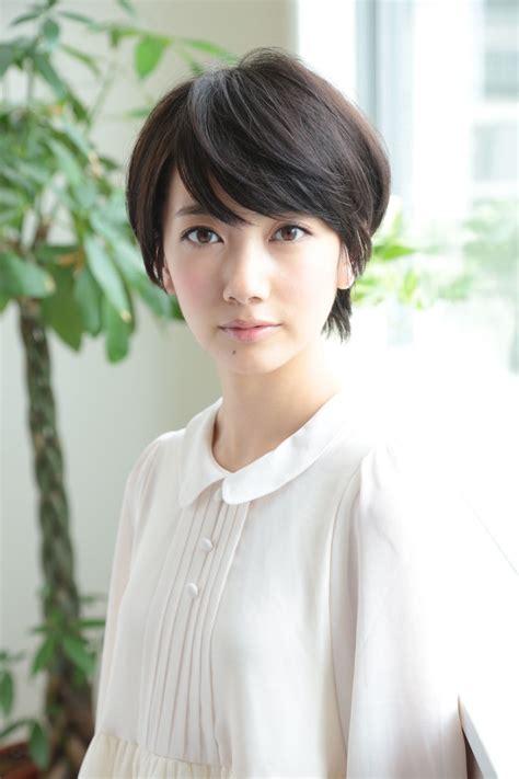 波瑠:波瑠は髪型がショートもロングもかわいいモデル「あさが来た ...
