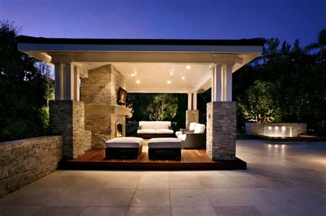 20 Fresh Outdoor Living Room Ideas