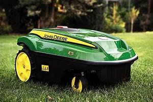 John Deere Tango E5 Autonomous Mower