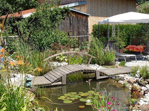 Haus Und Gartengartenteich 1