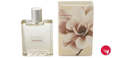 magnolia blossom bath  body works perfume  fragrance